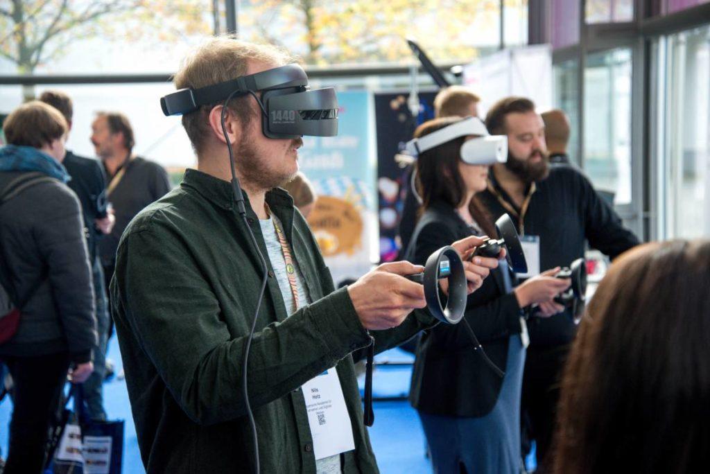 VR homme realité